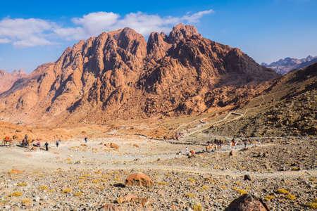Blick vom Berg Sinai. Ägypten. Standard-Bild - 33226463