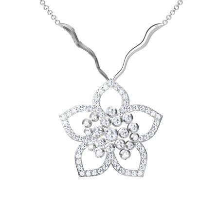 pendant: The beauty diamond pendant Illustration