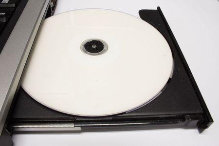 close-up photo d'un lecteur de CD portable.