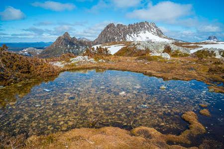 겨울철 요람 산은 호주 태즈 메이 니아 유네스코 세계 유산으로 등록되어 있습니다. 스톡 콘텐츠