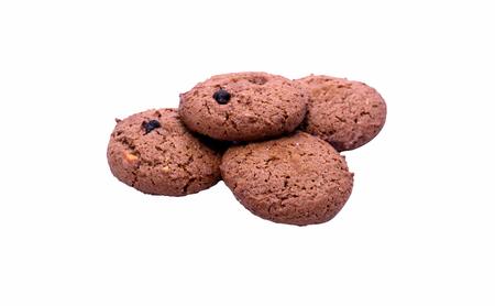 barra de cereal: barrita de cereales de chocolate sobre un fondo blanco con trazado de recorte