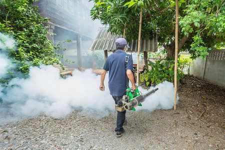 Fogging, mosquito eradication,Prevent Aedes,Spray,Smoke spray to get rid of mosquitoes,Selective focus,noise.