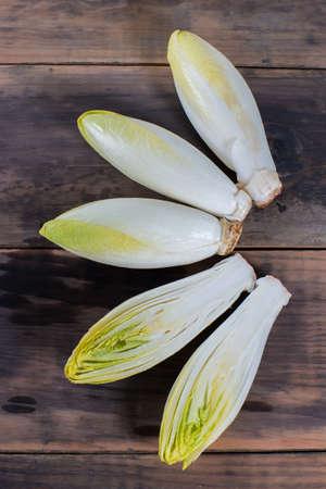 escarola: Raw preparacion belga alimentos vegetales Escarola