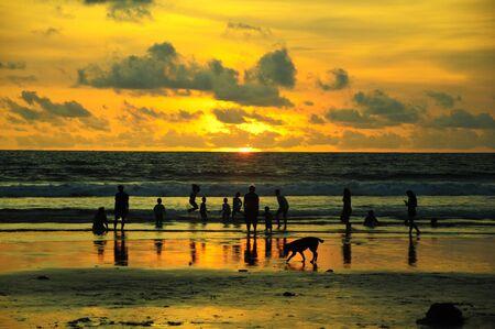 バリ島のサンセット ビーチ 報道画像
