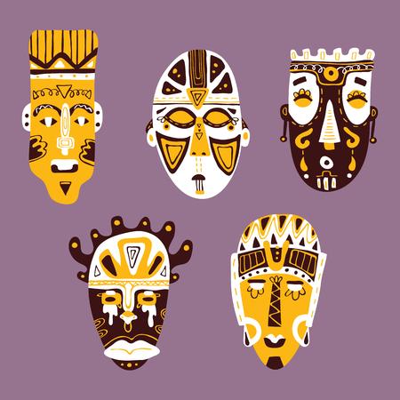 african collection masques. ensemble de vecteurs de la main doodle dessiné des masques détaillés