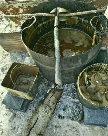 boiling: Boiling wax