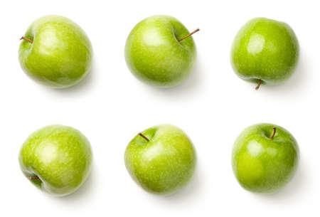 Grüne Äpfel lokalisiert auf weißem Hintergrund. Oma Schmied Äpfel. Draufsicht Standard-Bild