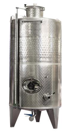 Moderne roestvrij stalen vat, waar druivensap in wijn is verouderd, geïsoleerd op wit