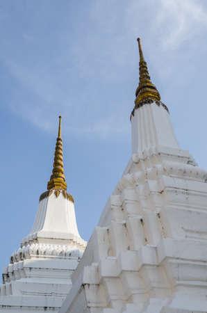 stupas: Gemelle Stupa nel tempio, Thailandia