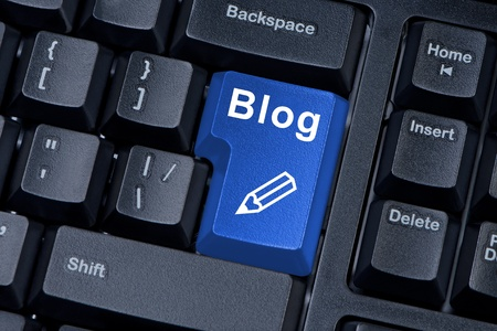 blog icon: Computer keyboard button with word blog and icon pencil.