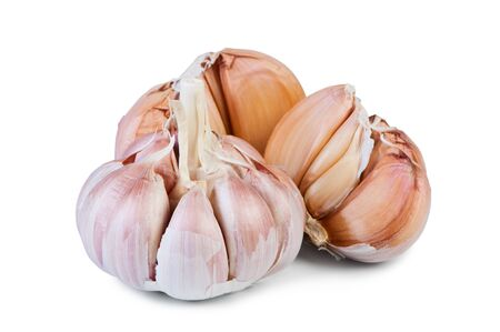alliaceae: Garlic on white background close-up.