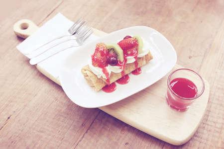 processed: Fruit crepe cake  Pastel processed