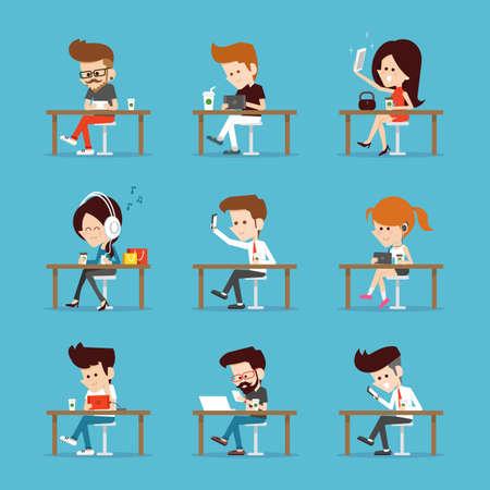 Las personas que usan el ordenador de la tableta. Foto de archivo - 45917190