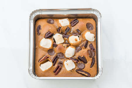 Chocolate Brownies on white marble background. Foto de archivo