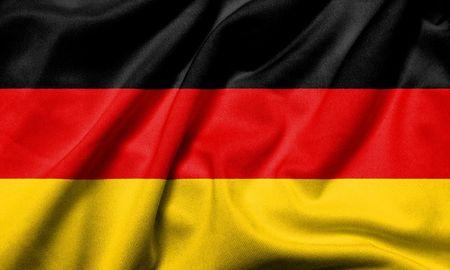 Realistische 3D Fahne Deutschland mit satin Fabric-Textur.  Standard-Bild - 6619732