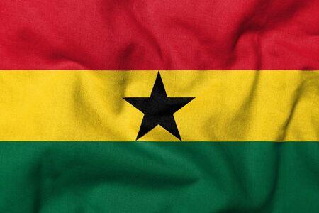 Realistische 3D Fahne Ghanas mit Stoff-Textur.  Standard-Bild - 7055516