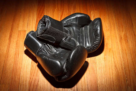 leather glove: Boxing gloves