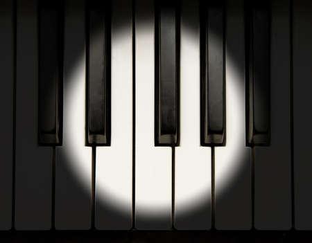 Spotlight op de piano toetsenbord