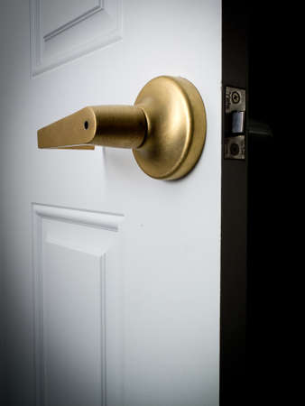 ドアを開けて