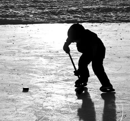 hockey sobre hielo: Jugar hockey Foto de archivo
