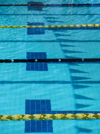Zwemmen ontmoeten zwembad