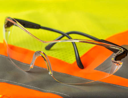 goggle: Safety glasses