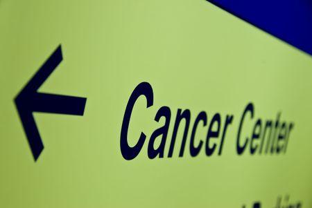 dangerous love: Cancer Center segno freccia