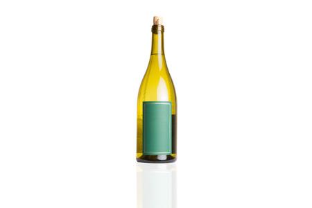 Wijnfles op Wit wordt geïsoleerd dat Stockfoto