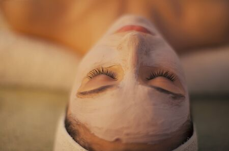 pulizia viso: Trattamento viso maschera termale