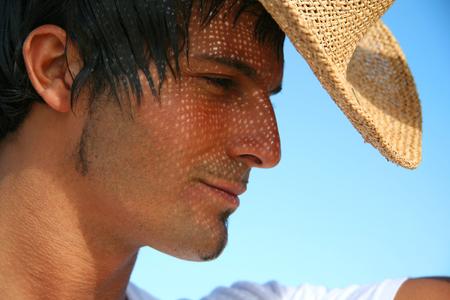 chapeau de paille: L'homme au chapeau de paille