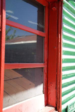 la boca: Window in La Boca, Buenos Aires Argentina