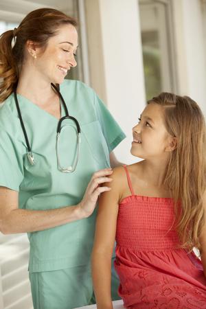 medico pediatra: La muchacha y el pediatra