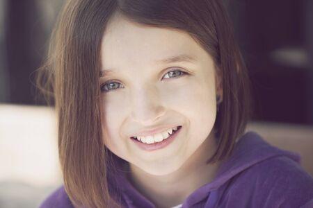 greeneyes: Happy girl portrait