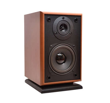 equipo de sonido: Sistema acústico sobre un fondo blanco Foto de archivo