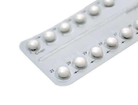 birth control: P�ldoras anticonceptivas en blanco
