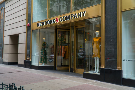 Chicago, USA - Circa 2019: New York & Company retail clothing store 新闻类图片