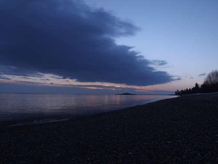 Lake Superior sunrise Фото со стока