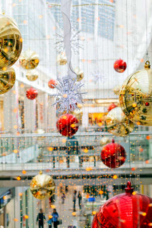 New Years decorations in shopping mall Imagens