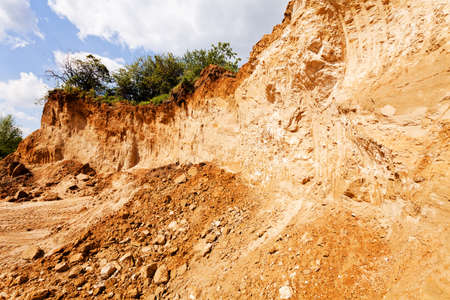 sand quarry: coarser sand in construction