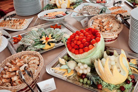 装飾されたスウェーデンのテーブル, 注意浅い被写界深度