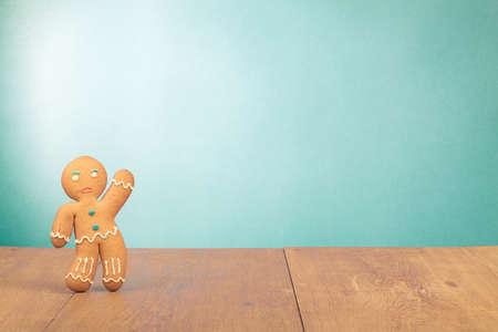 galleta de jengibre: Gingerbread Man foto conceptual de fondo de la tarjeta de Navidad Foto de archivo