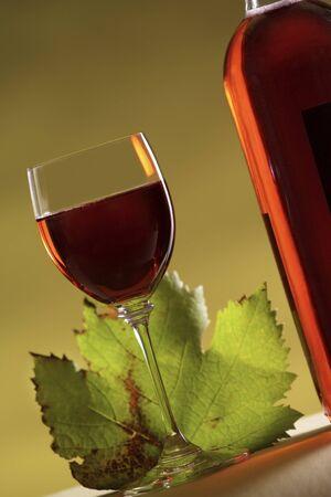 rose wine photo