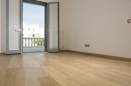 empty room with hardwood floor Stock Photo - 4141944