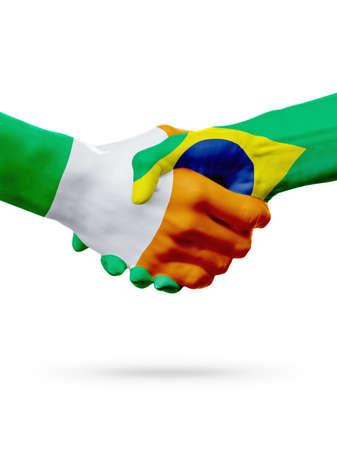 Concepto de competencia de Flags Ireland, Brazil countries, handshake cooperation, asociación, amistad o equipo deportivo, aislado en blanco