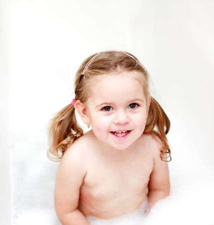 Small girl in bath tube Stock Photo - 1134289