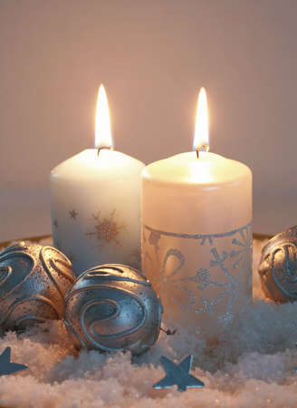 silver bells: Christmas candlelight