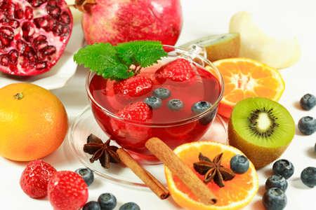 stimulate: Fruit tea with fresh fruits