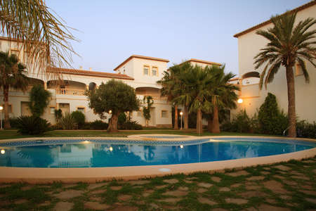 spanish house: Spanish villas with swimming pool