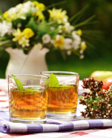 stimulate: Herbal tea - outdoor dining