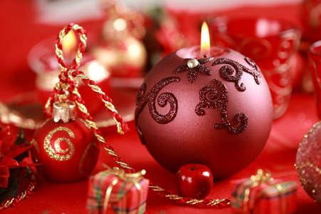 Stilleben mit Kerzenlicht zu Weihnachten